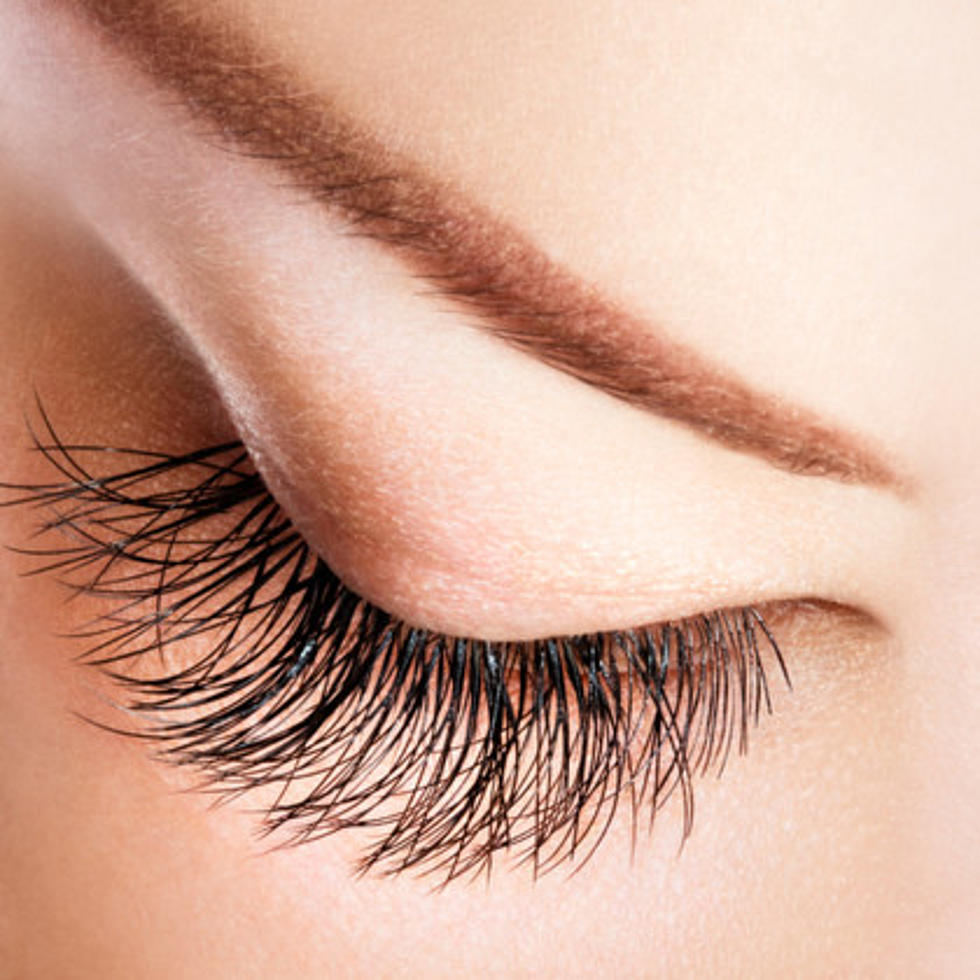 Ladies Watch Out For These Eyelash Extension Dangers Video