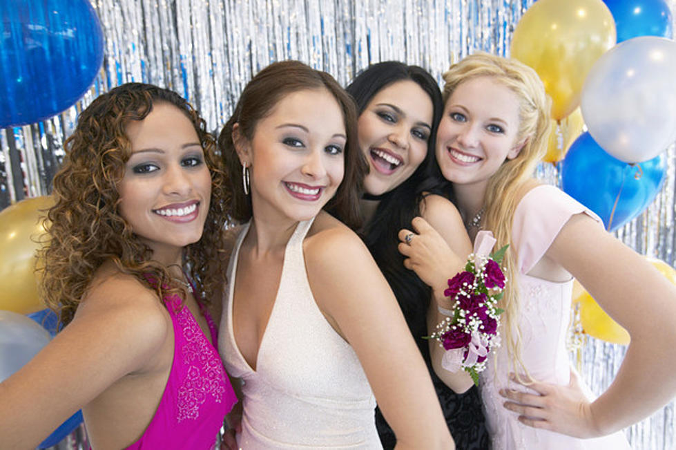 Becca\'s Closet in Rockford Can Help with Homecoming Dresses