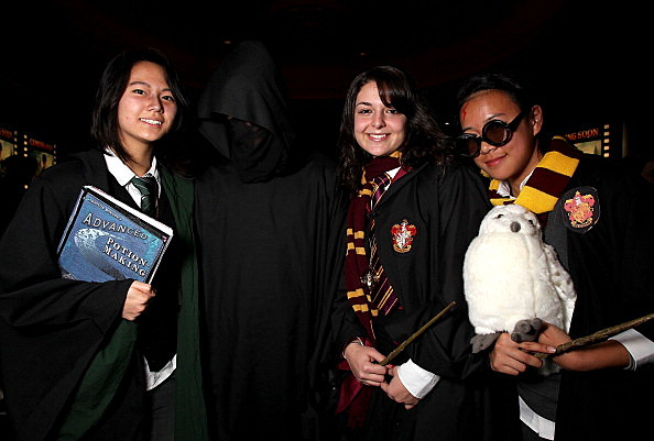 Fans Gather For Harry Potter & The Deathly Hallows P2