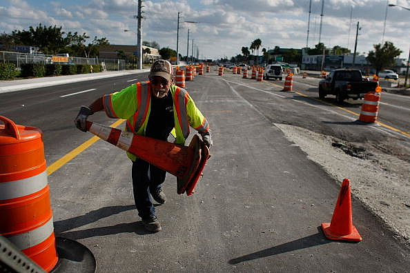 Most Roadwork in State of Illinois Will End on July 1stConstruction Crews Work On FL Road Projects, As State Eyes Stimulus Relief